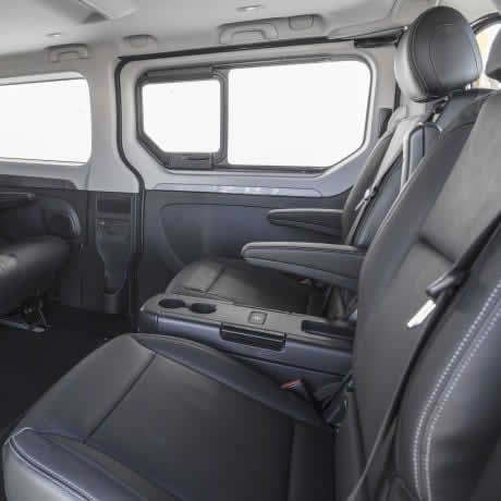 tour en furgoneta - interior 03