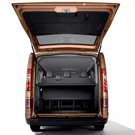 tour en furgoneta - interior 04